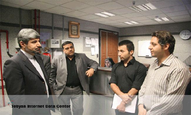دیدار مسئولین از دیتاسنتر تبیان در ایران
