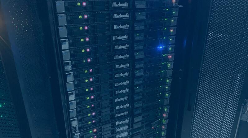 میزبان فا مالکیت 100 درصدی تمامی سخت افزار پروژه هاست ابری می باشد